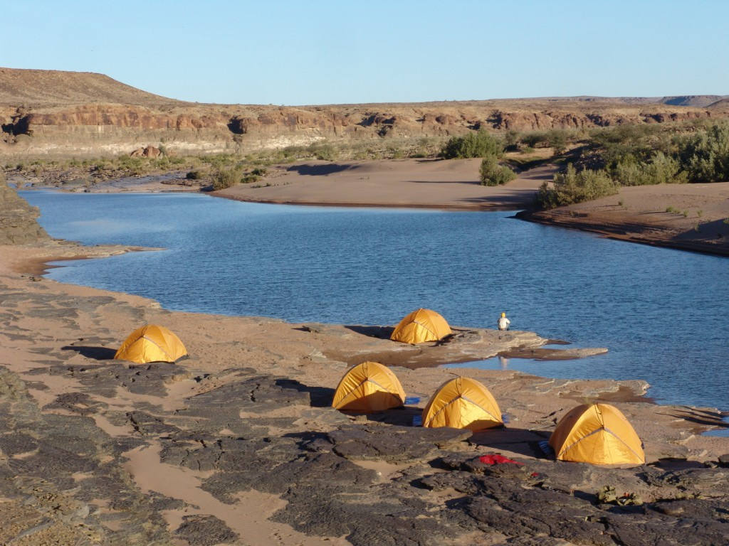 Kalahari fish river canyon peaks of africa for Campsites with fishing